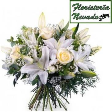 Ramo Rosas Blancas 101